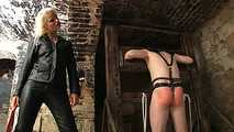 Syonera von Styx - Extrem Whipping on the pillory 2