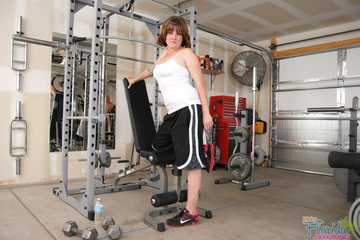 Amateur Redhead Milf Misty Working Out In Gym