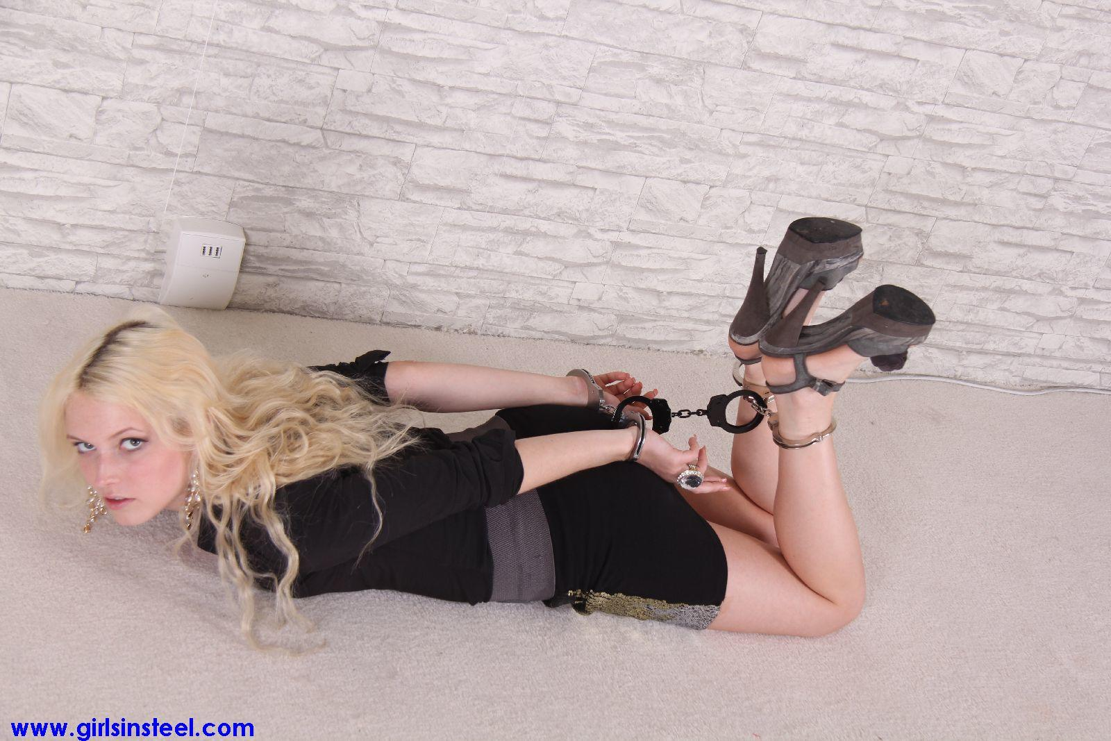 and-oral-bondage-girls-in-handcuffs-gif