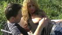 Kim & Victor outdoor Fun 5