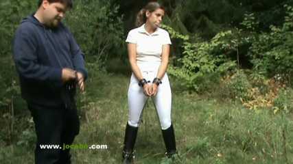 Betruegerische Reiterin - Ponygirl Wird Gefickt