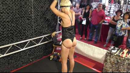 A new BDSM Demonstration