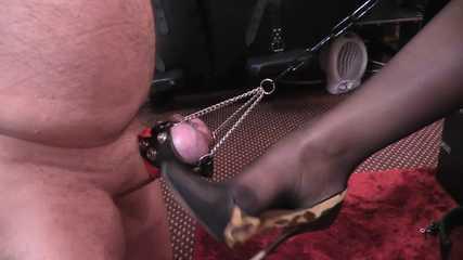 Mistress Erika - Bondage Ball Busting (HD mp4)
