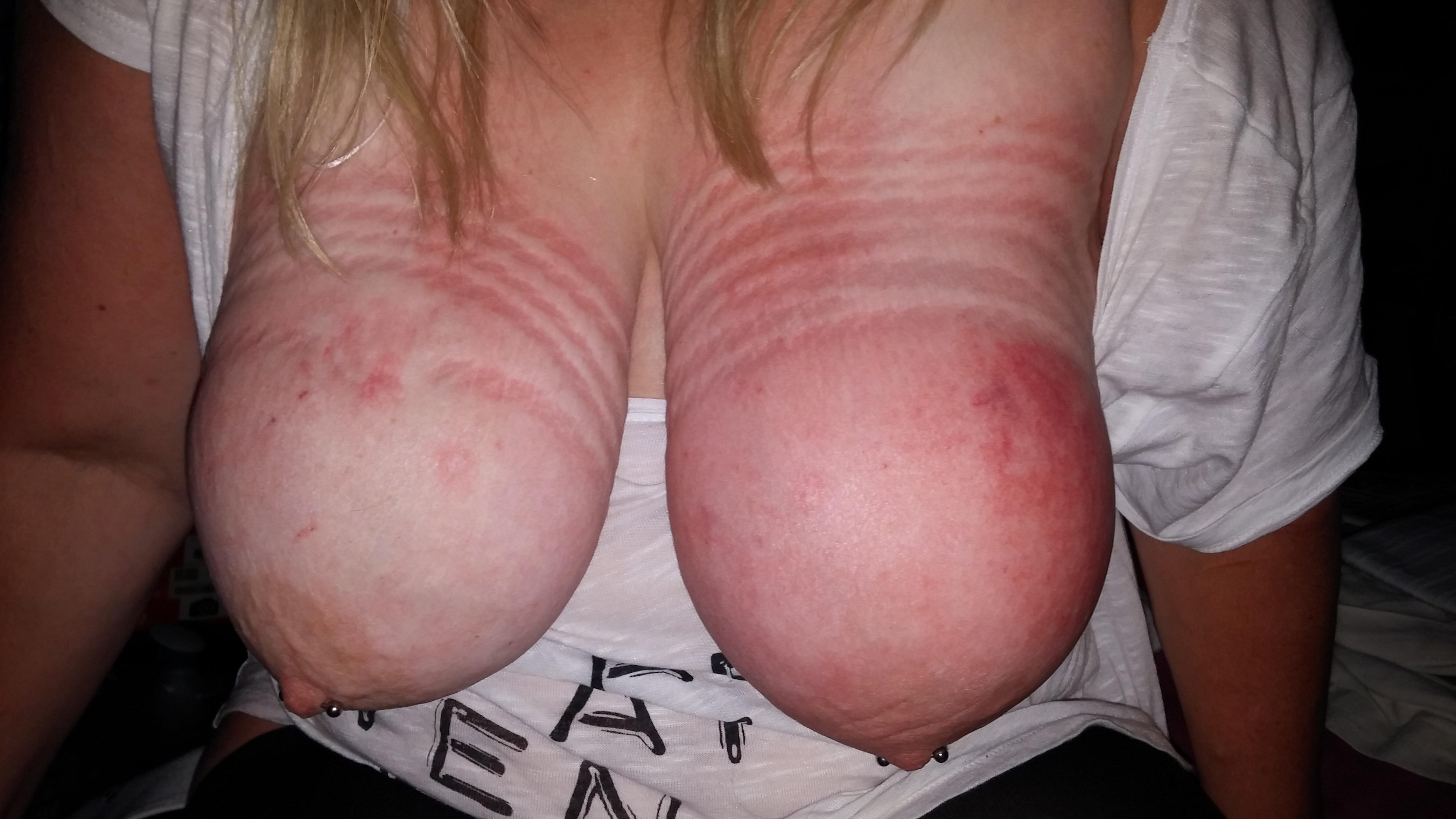 Dicke Titten Abgebunden