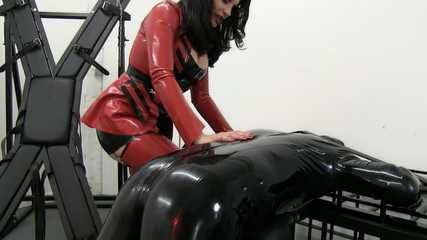 Miss Velour - Latex Slave's Anal Fisting (HD wmv)