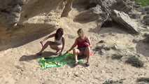 Dildo-Play in the dunes 6
