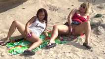 Dildo-Play in the dunes 8