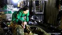 Lady Ashley - Maschinel Abgemolken und wieder Abgeschlossen 3