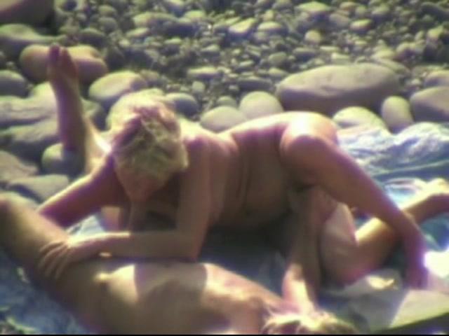 podsmotrenniy-otsos-video