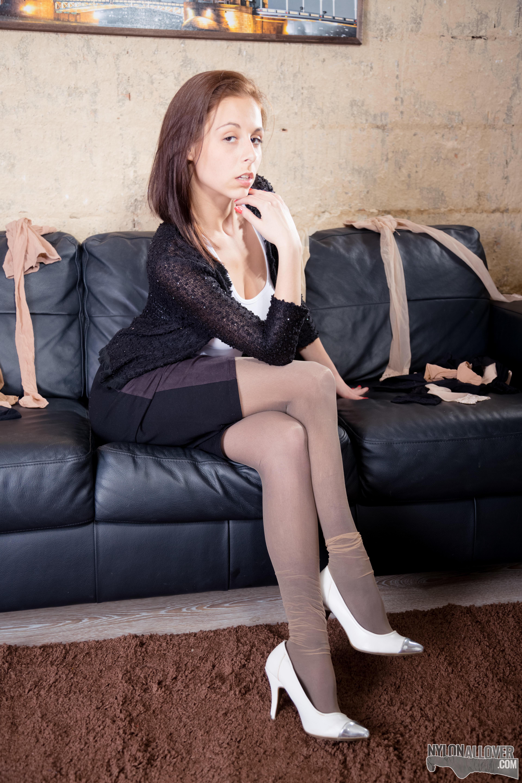 Adorable hot legs brunette obgyn checkup on spy cam - 4 1