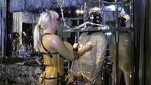 Madame Gillette - Two Rubbertoys to play Part1 2