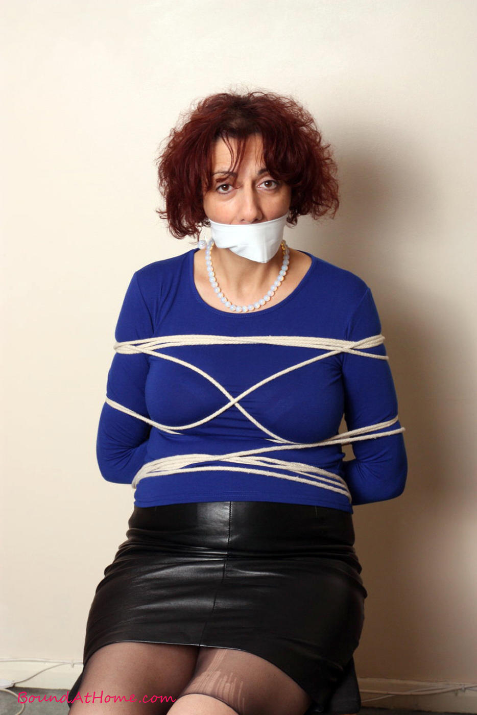 porno-sex-tied-gagged-mature-women-movies-post-young