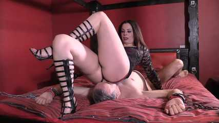 Mistress Tiffany -  Butt Buried Cuckold (Full) HD mp4