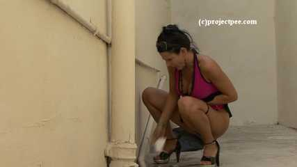 016190 The Toilet Is So Ban That Eve Pees Outside In The Drain