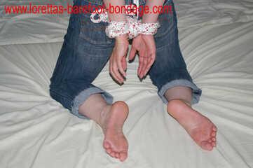 Wwwlorettas Barefoot Bondagecom Updates Getaggt Mit Bound Tits