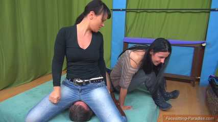 Yvette & Adriana: Two jeans-asses on your face