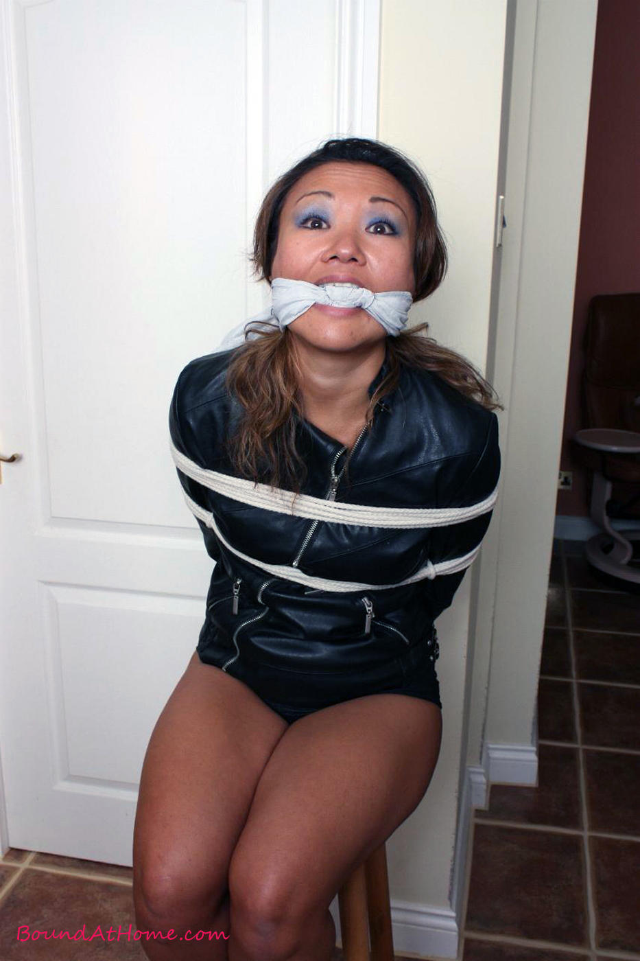 Busty Girl Cleave Gagged Struggles