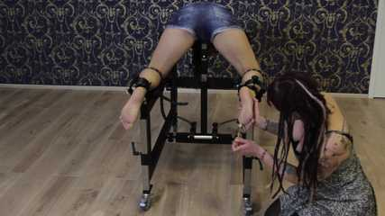 tickle torture for Slave Miss Kitty