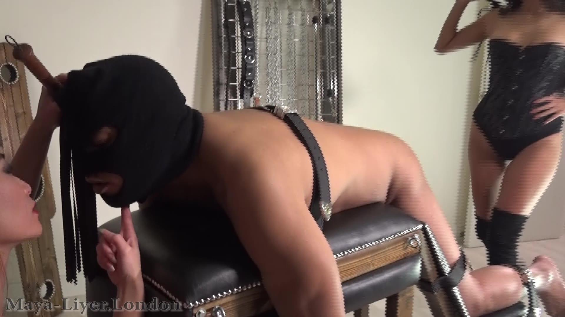 doing-naked-aggressive-femdom-clips