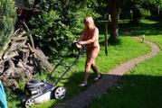 Nude in my garden 9