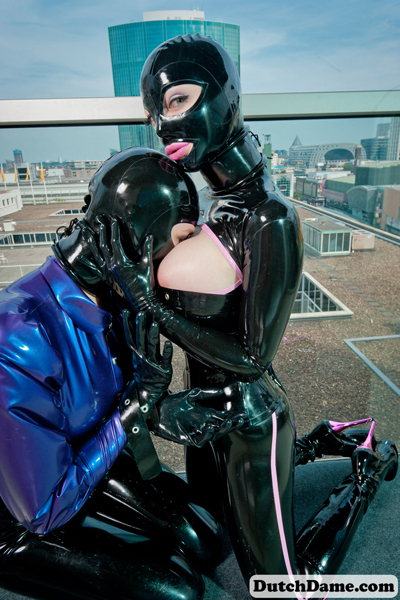 Big latexlucy (49)