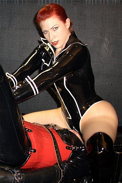 Lady Alexa